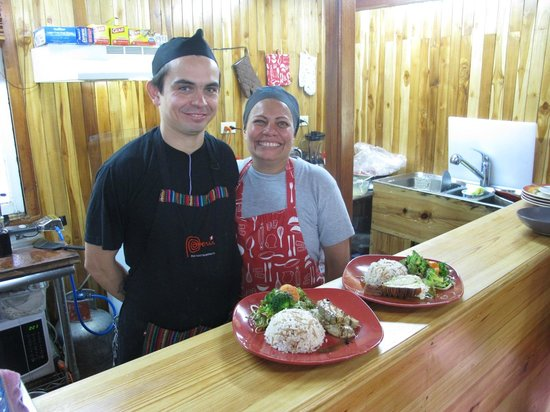 Fanny's Terrace Bistro: Chefs Luis and Fanny - both were so friendly and thus made our dining experience such a joy!