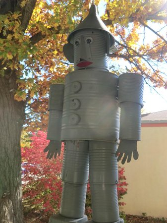 Friendship House: tin man on front porch