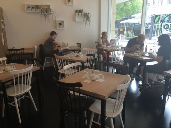 Neo Cafe & Eatery: New look Neo