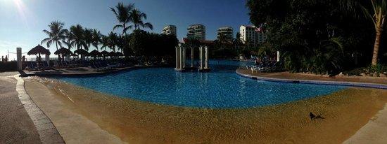 Meliá Puerto Vallarta All Inclusive: pool