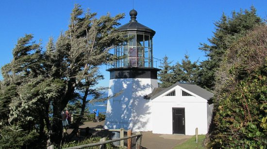 Cape Meares Lighthouse and Wildlife Refuge : Cape Mears Lighthouse