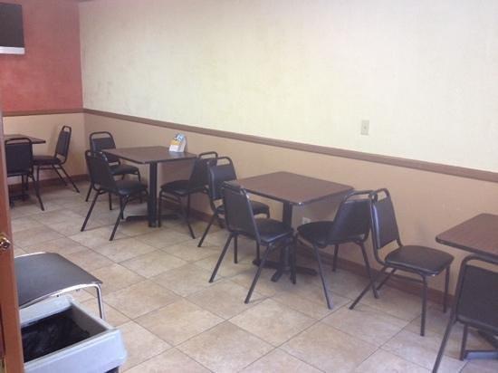 Rodeway Inn Convention Center: Cafe