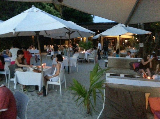 The Brasserie: Sunset drink at Cenang beach