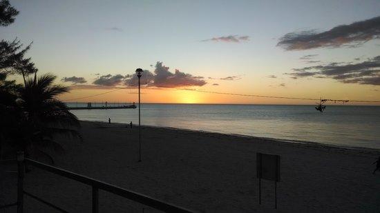 Hotel Gutierrez : Frente al hotel se encuentra la playa