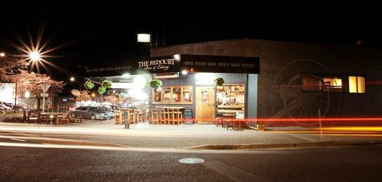 The Redoubt Bar and Eatery: The Redoubt Bar & Eatery