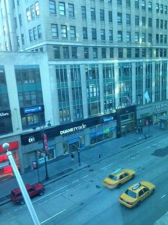 Courtyard New York Manhattan/Herald Square : Vista desde la habitacion nueva