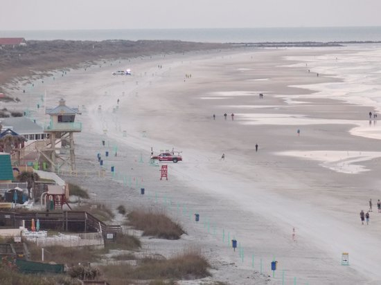 Best Western New Smyrna Beach Hotel & Suites: Beach from North facing balcony