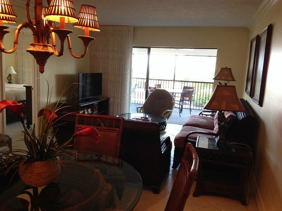 Sanibel Inn: 2nd Condo