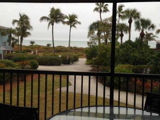 Sanibel Inn: View from 2nd Condo