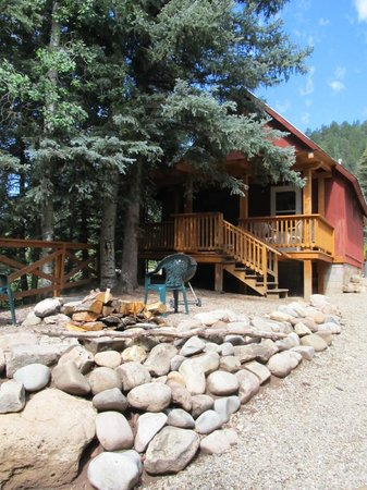 Priest Gulch Campground , RV Park, Cabins & Lodge: our cabin