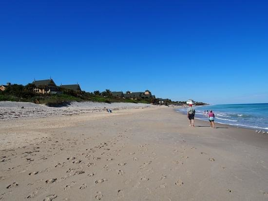 Disney's Vero Beach Resort: Beach Walk