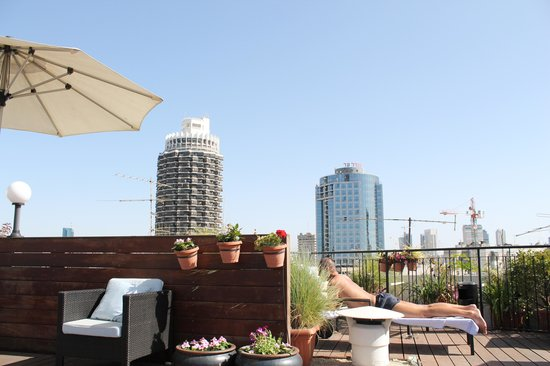 Center Chic Hotel Tel Aviv - an Atlas Boutique Hotel : Rooftop Lounge