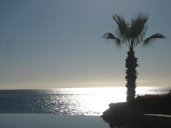 Sheraton Grand Los Cabos Hacienda Del Mar: Sunset from infinity pool area