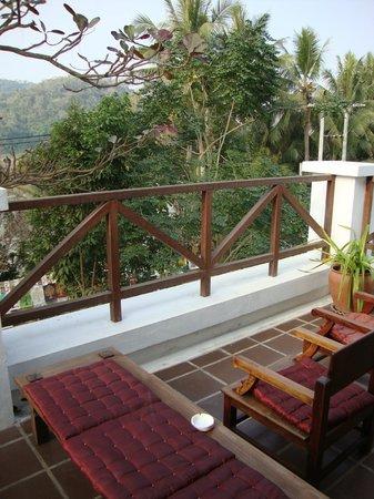 Victoria Xiengthong Palace: Terrasse très agréable
