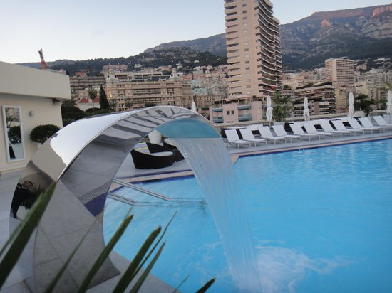 Fairmont Monte Carlo: Rooftop pool and spa