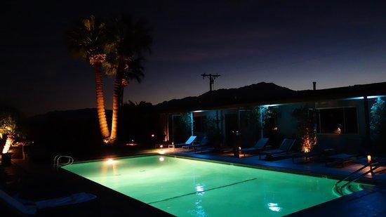 The Spring  Resort & Spa : pool night