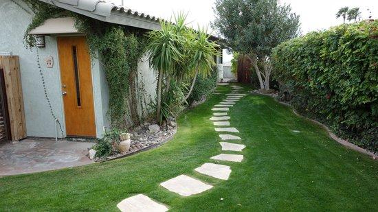 The Spring  Resort & Spa: path around spa