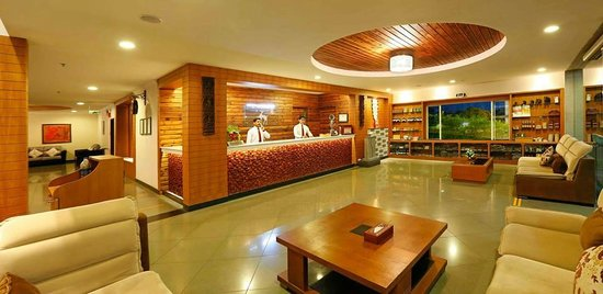 Spice Grove Hotels And Resorts : Lobby in the evening
