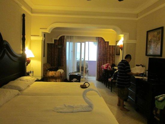 Hotel Riu Palace Tropical Bay: Room