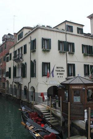 Hotel Violino d'Oro: esterno Hotel