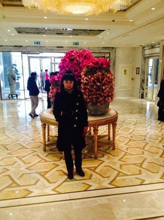 Shangri-La Bosphorus, Istanbul: в холле
