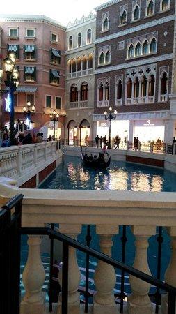 The Venetian Macao Resort Hotel: Boating