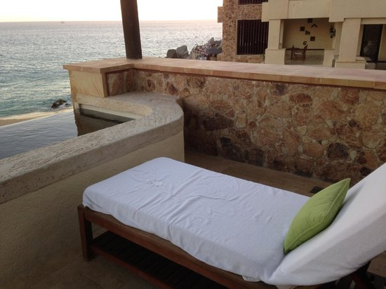 The Resort at Pedregal: outdoor patio with pool