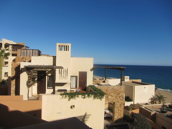 The Resort at Pedregal: grounds