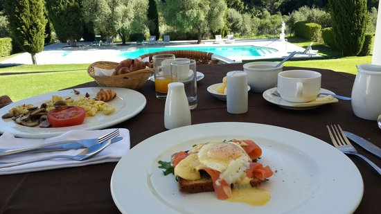 Cascade Manor: Amazing English breakfast