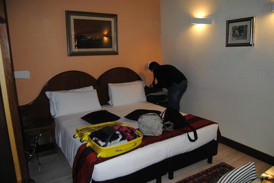 Hotel Trevi : cama