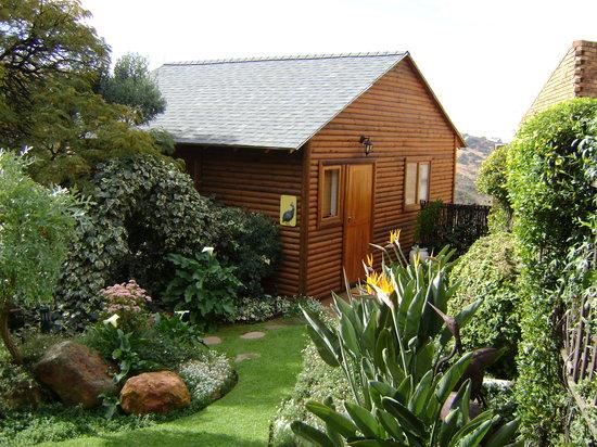 Gecko Ridge Guest House: Guinea Fowl Cottage