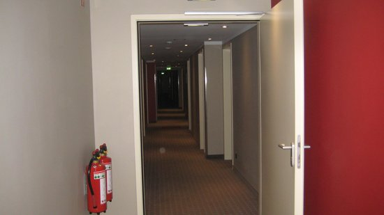 Leonardo Hotel Berlin: Der Zimmergang
