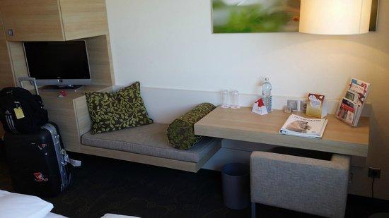 H+ Hotel Salzburg: ROOM