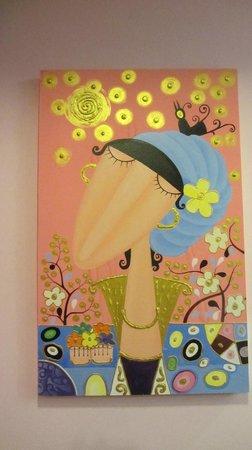 Sabai Sabai at Sukhumvit Hotel: Questi quadri sono anche in vendita