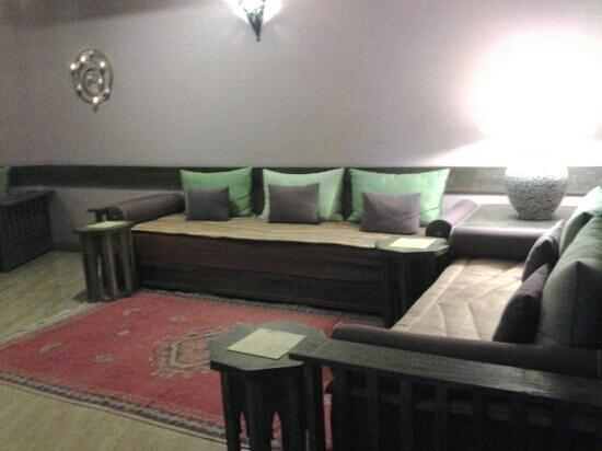 Hotel Timoulay & Spa Agadir: que de bons moments passés dans le salon très confortable et les gentils serveurs toujours à l'