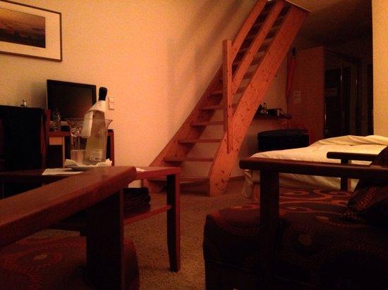 Seehotel Adler: Treppe zum OG in der Sunsetsuite