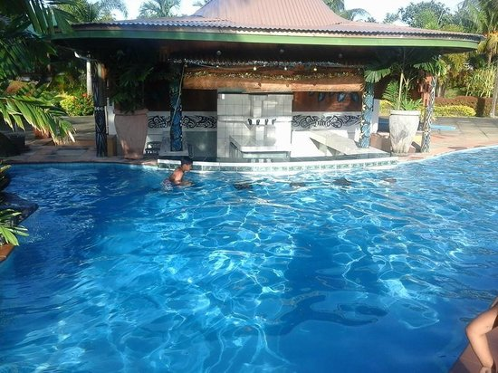 Amoa Resort : Morning dip in the pool