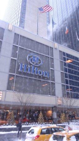 New York Hilton Midtown : 外観