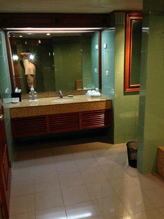 Rembrandt Hotel Bangkok: bagno