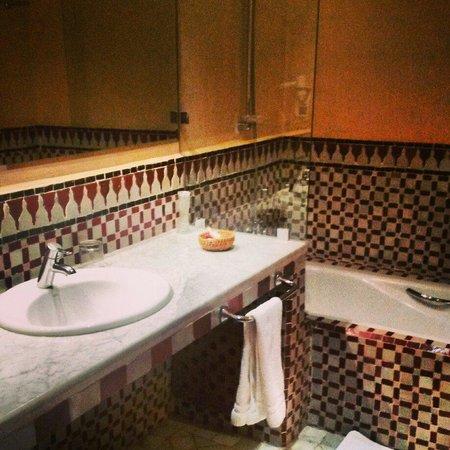 Palais Jena & Spa : Bathroom jan 14
