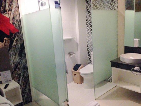 Bathroom Design Jakarta bathroom - picture of clay hotel jakarta, jakarta - tripadvisor