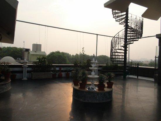 Hotel Mumtaz Mahal: Rooftop