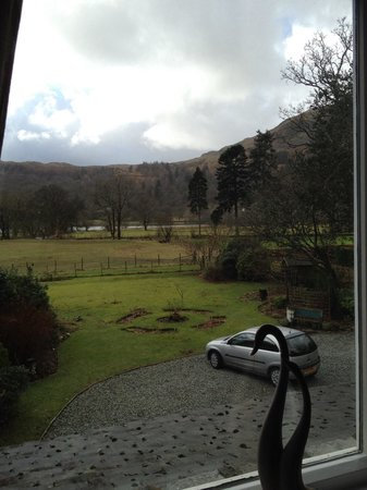 Lake View Country House: View from our room. The badgers live in the lower left of the picture.