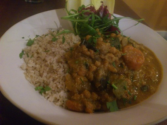 The Larder Bethnal Green: Vegan curry with organic rice