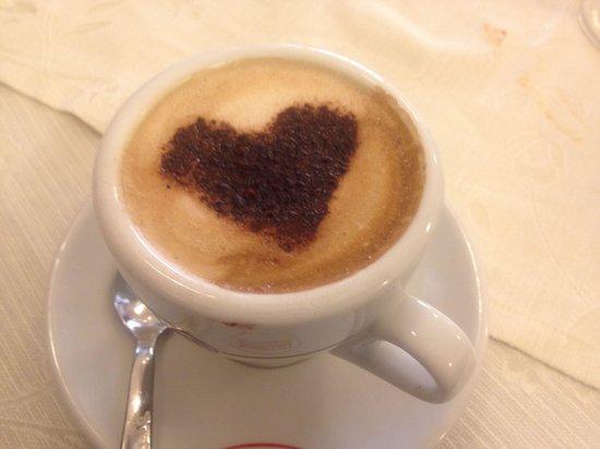 La Famiglia: Cappuccino d'amore