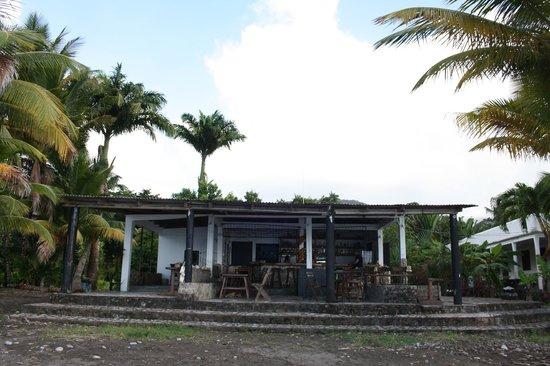Sisters Sea Lodge: Restaurant / Bar
