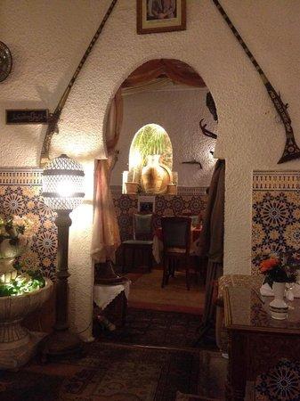 Le Petit Darkoum : vue interieur restaurant 1