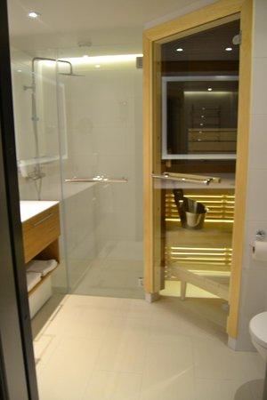 Lapland Hotel Olos: salle de bain