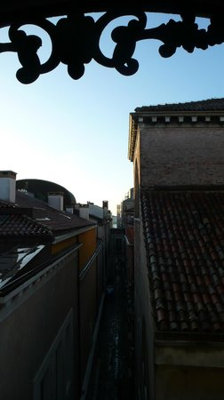 Hotel Firenze : Вид на лагуну