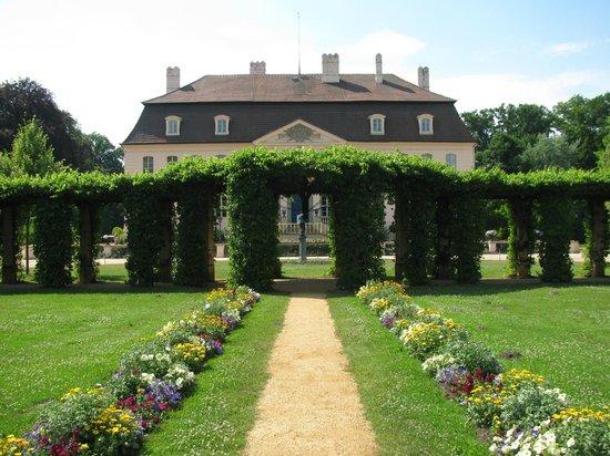 Puecklerpark Branitz: Vorderseite Schloss